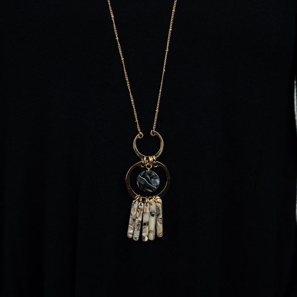 HILARY FRINGE PENDANT NECKLACE