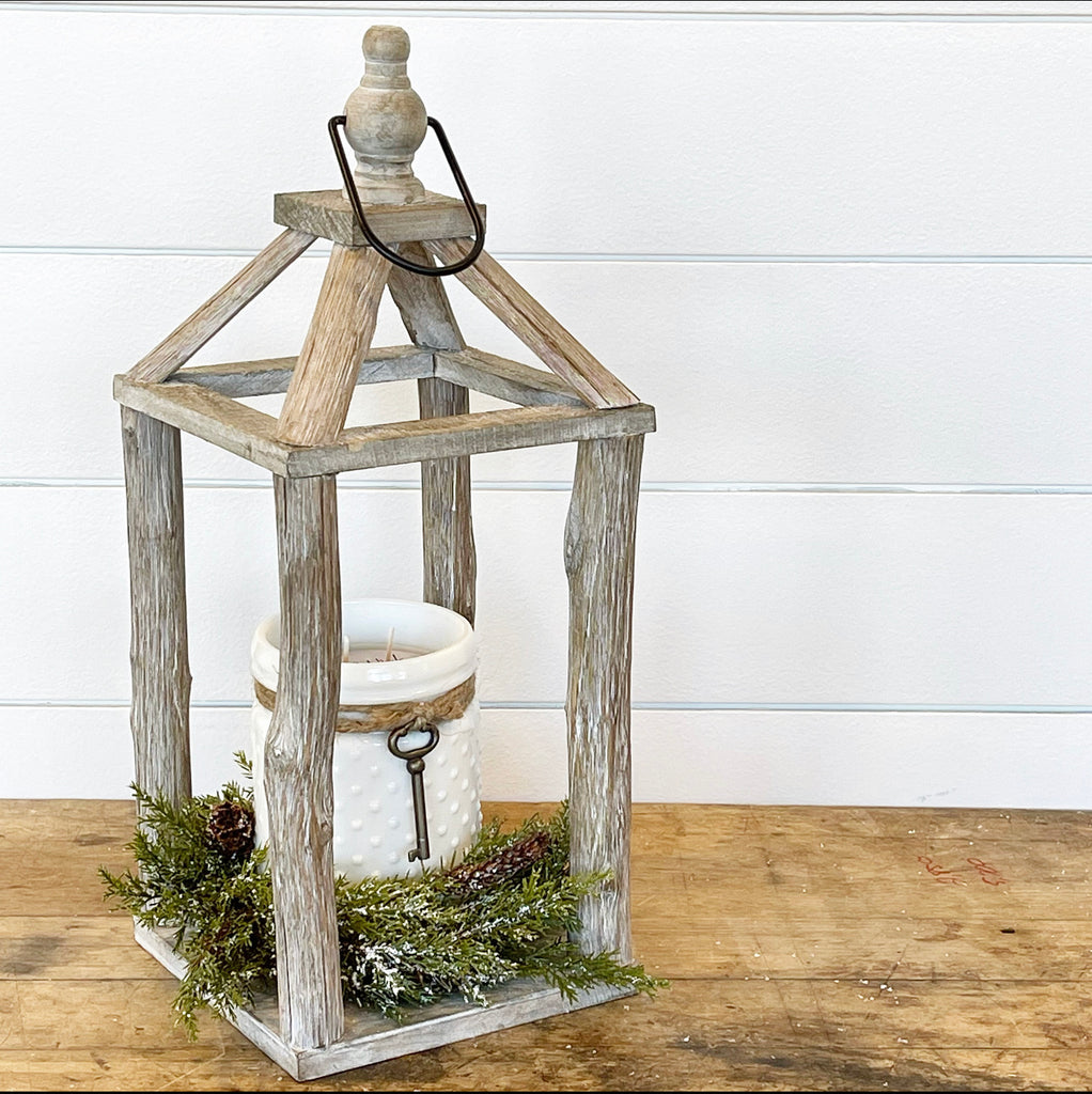 Wood Carriage Lantern