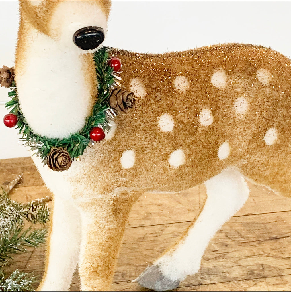 Glittered Deer w/Wreath - Small