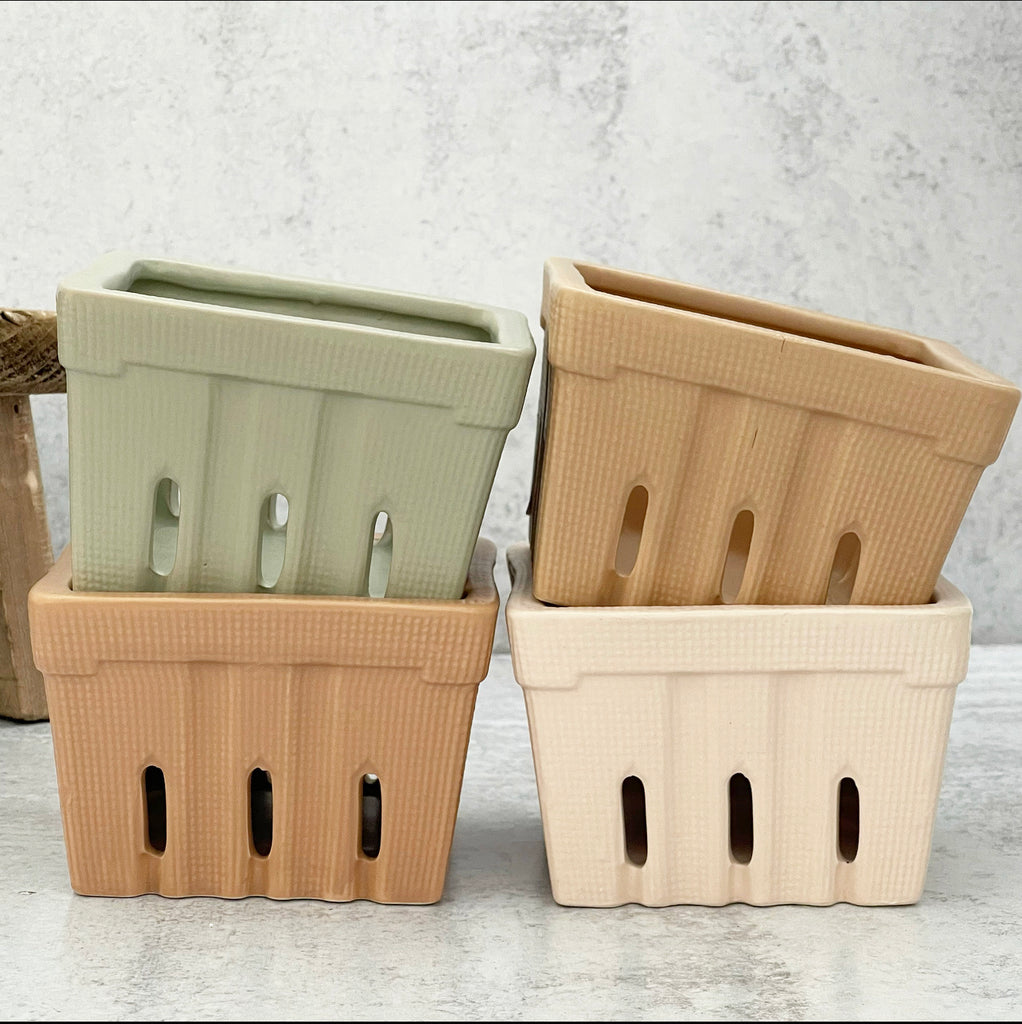 Ceramic Berry Basket - 4 Warm Colors