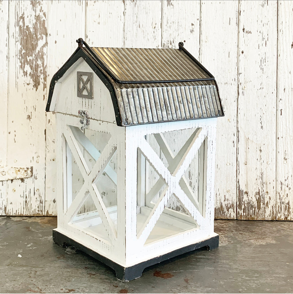 White Barn Lantern LAST CHANCE DISCOUNT