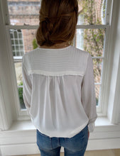 Stella Top Off White