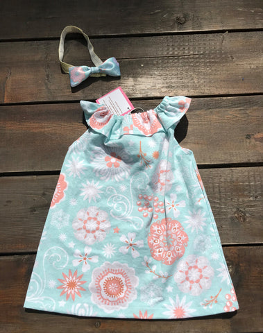 Coral and Teal Seaside with Matching Bow
