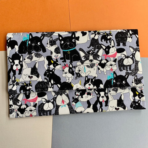 FRENCHIE DOG PRINT CLUTCH