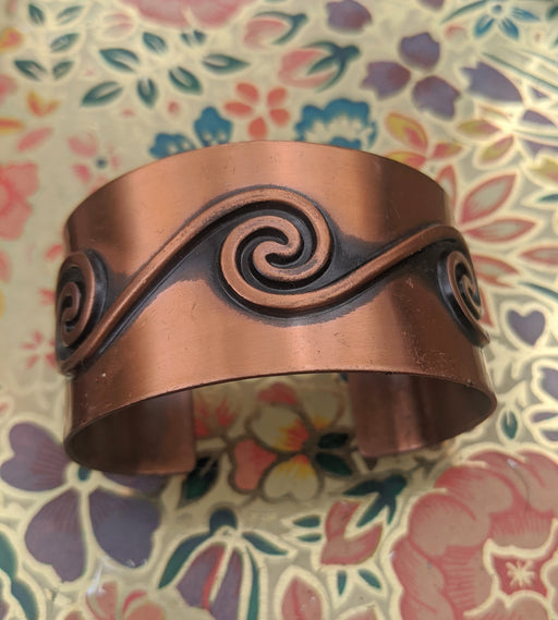 Copper wave cuff