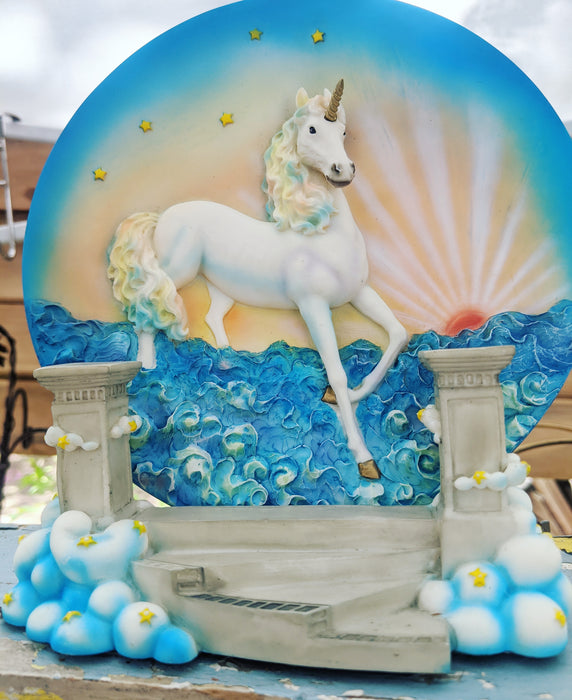 Unicorn decorative plate with stand