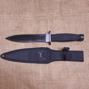Dagger knife and sheath