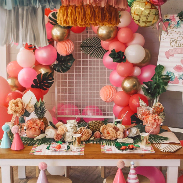 Six simple steps to a DIY balloon garland