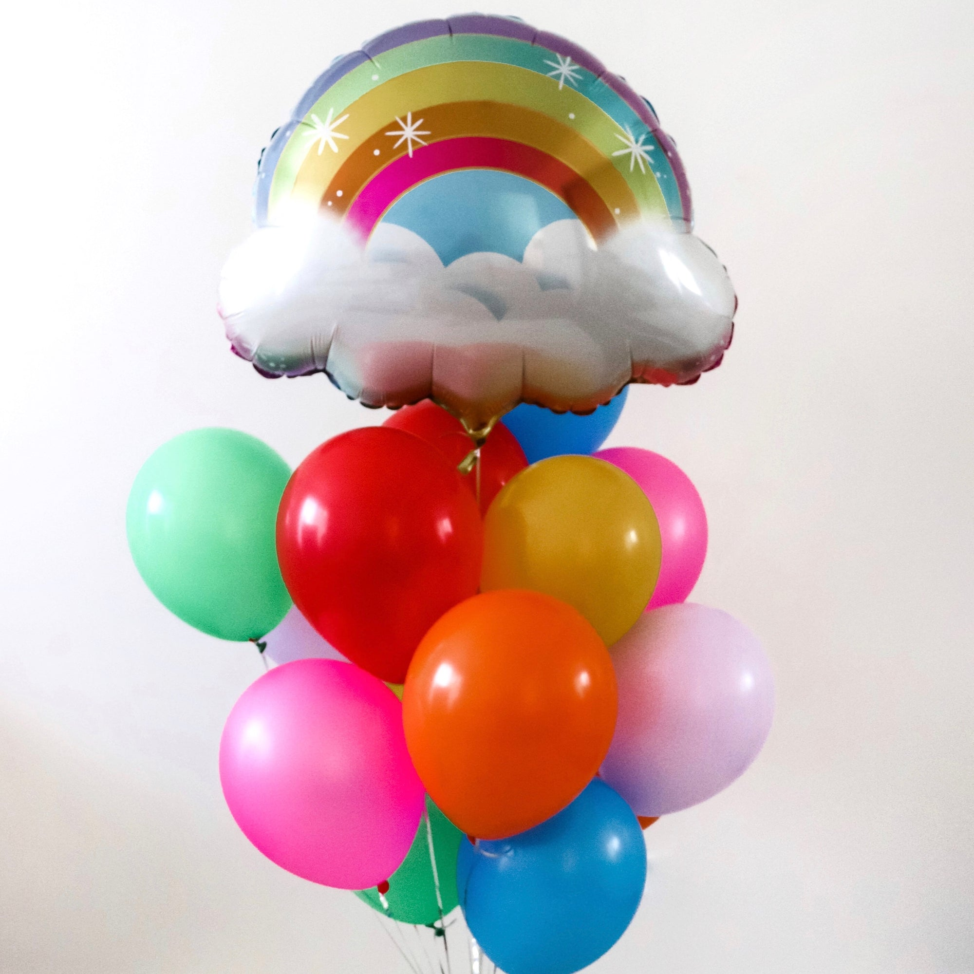 """I See a Rainbow"" Balloon Bunch"