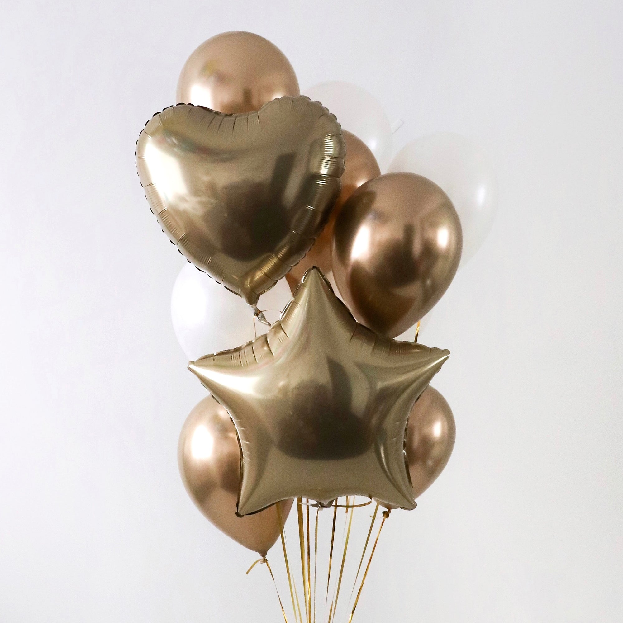 """Goldiluxe"" Balloon Bunch"