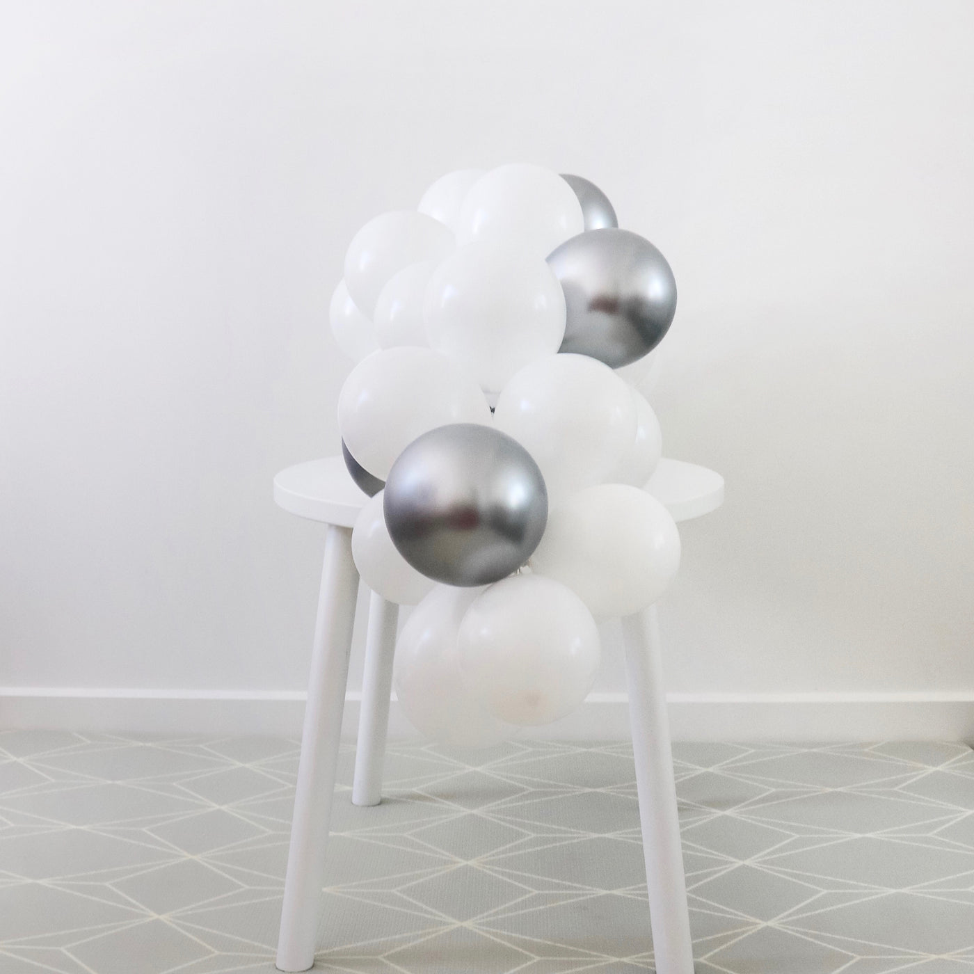 Mini Balloon Table Garland Kit