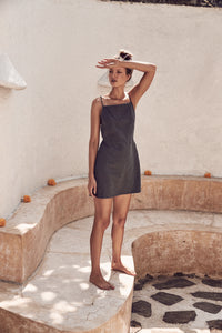 Daria Dress // Liquorice