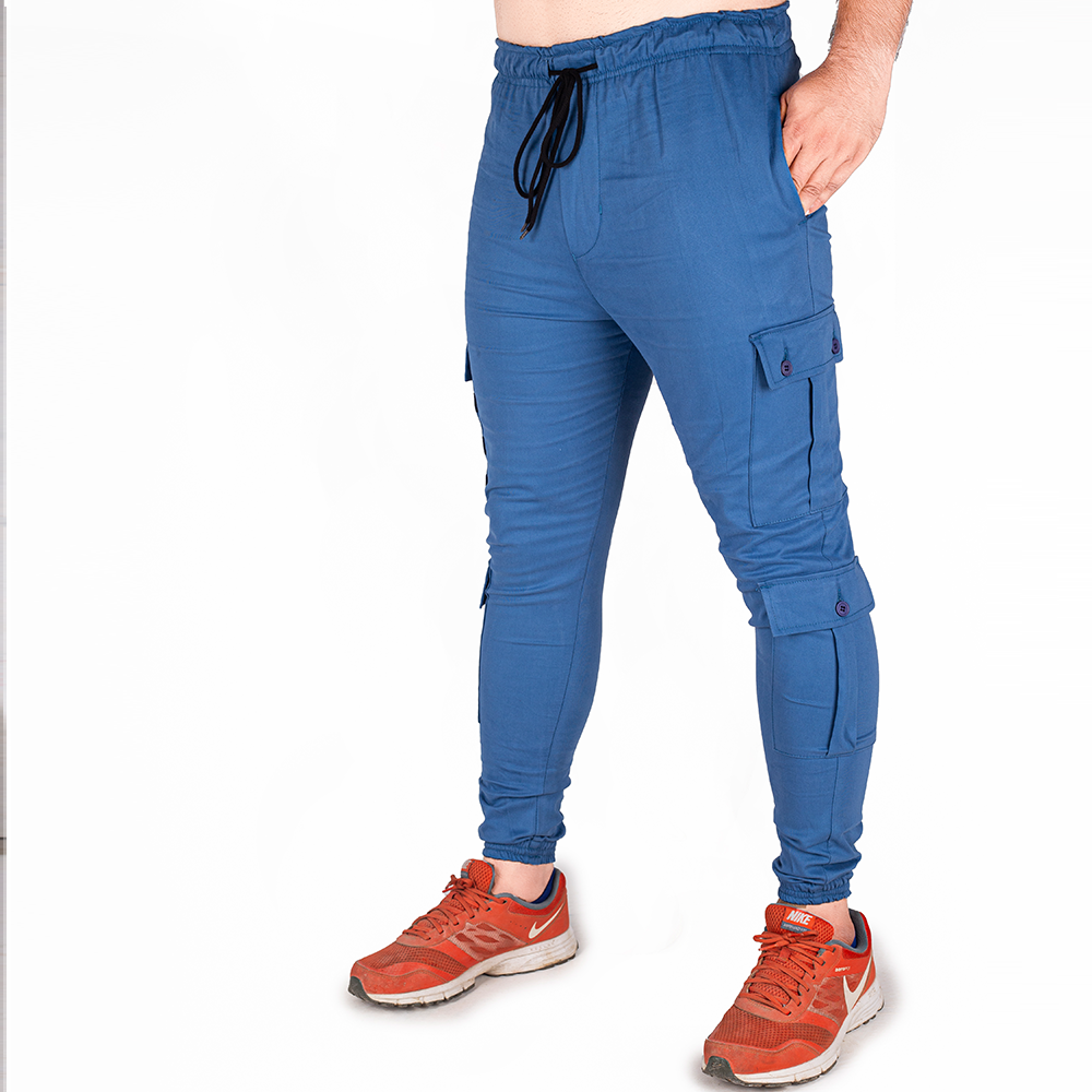 MEN IN BLUE CHINOS
