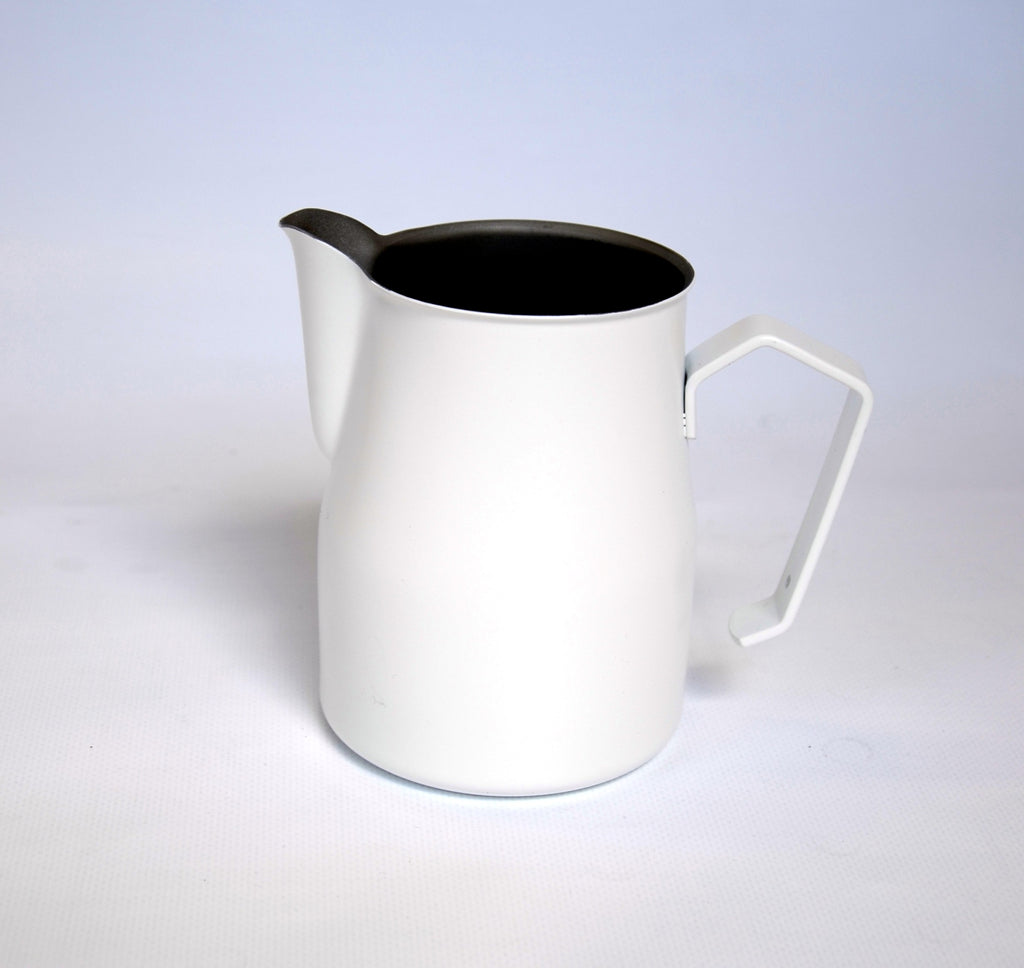 "MOTTA Milk Pitcher ""Europa"" white, 0.5l - greenwheelcoffee"