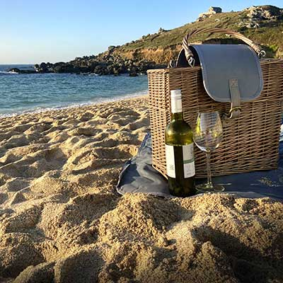 Willow Luxury Fully Fitted Picnic Basket Hamper