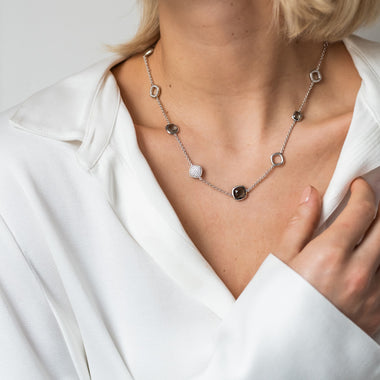 TI SENTO - Milano Collier 3930BG in use