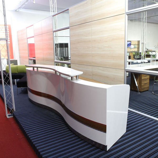 Martinique Reception Counter