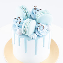 Sales! Cookies & Cream Cake Petite   | Including 3 pcs Macarons | $29.90 nett only