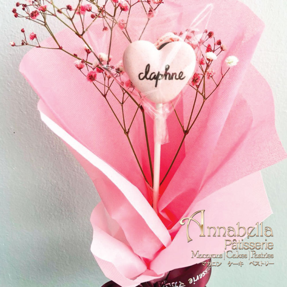 Heart-shape Macaron in Flower Stalks with Fresh Flower & Handwritten Words