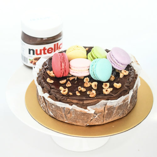 Nutella Burnt Cheese Cake (18cm | 800g | 8-12 pax) + Free 6pcs Assorted Macarons | Free Birthday Topper + Knife + 1xCandle |  Limited Qty 1st 100 |  $59.90 nett only