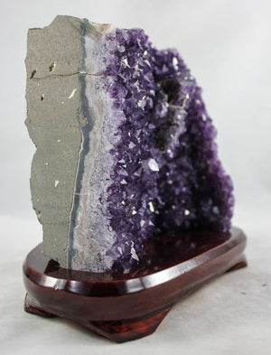 Amethyst w/ Calcite Crevice