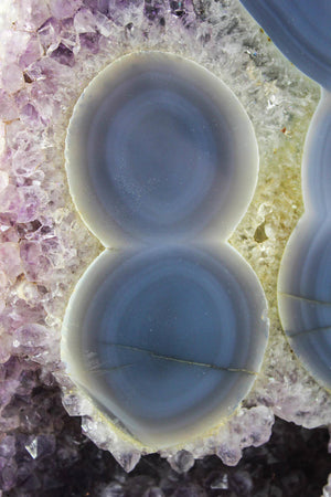 Polished Agate w/Eyes & Amethys