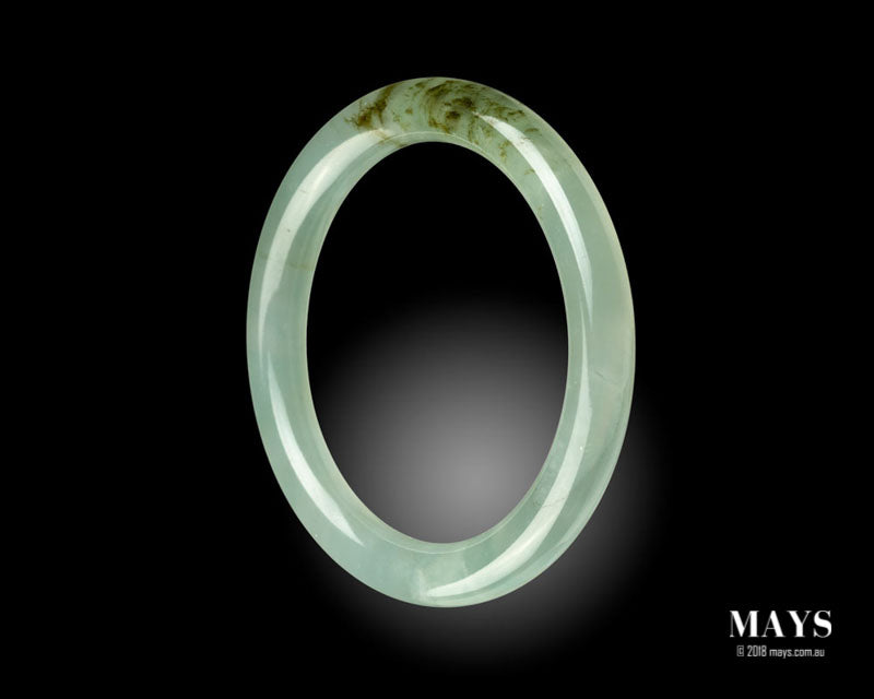 Beautiful translucent Jadeite Jade Bangle.