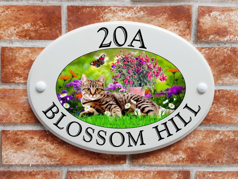 Tabby cat with flowers - House Sign Shop