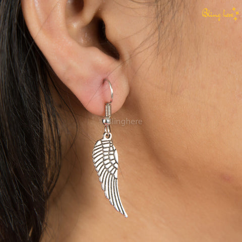 Metallic HP Feather Earrings