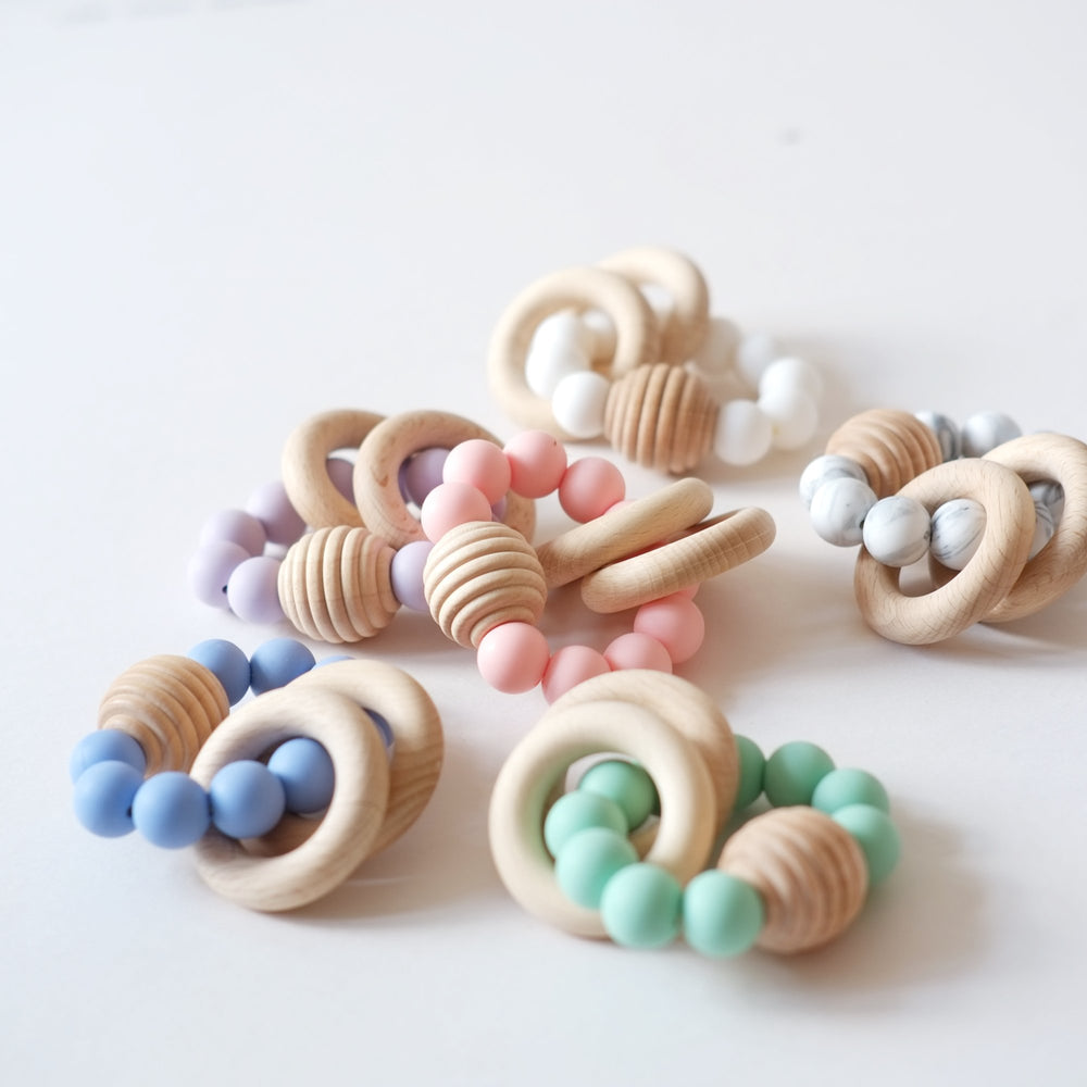 Beehive Silicone and Beech Ring Teether - Blue