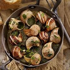 1 dozen Burgundy snails in garlic butter