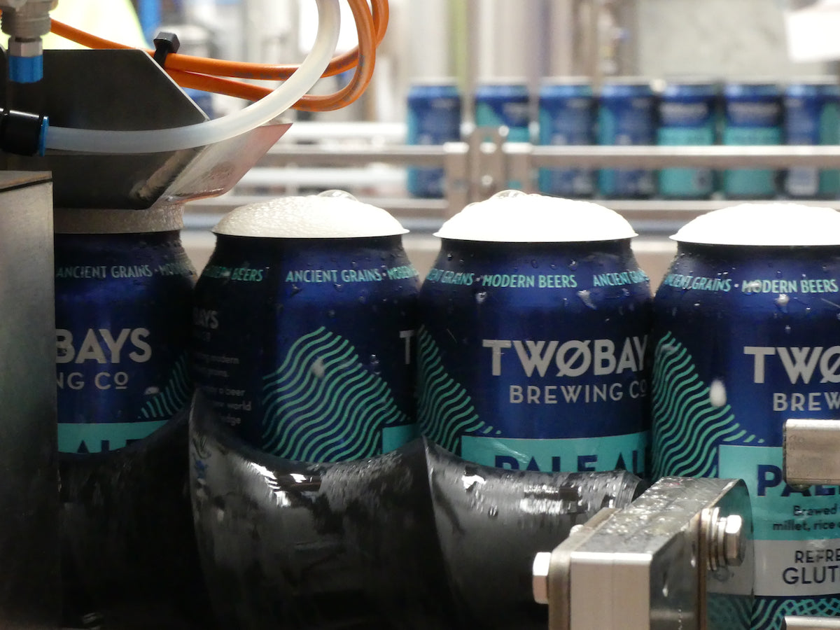 twobays-pale-ale-can-gluten-free-beer-canning-line-lid-off