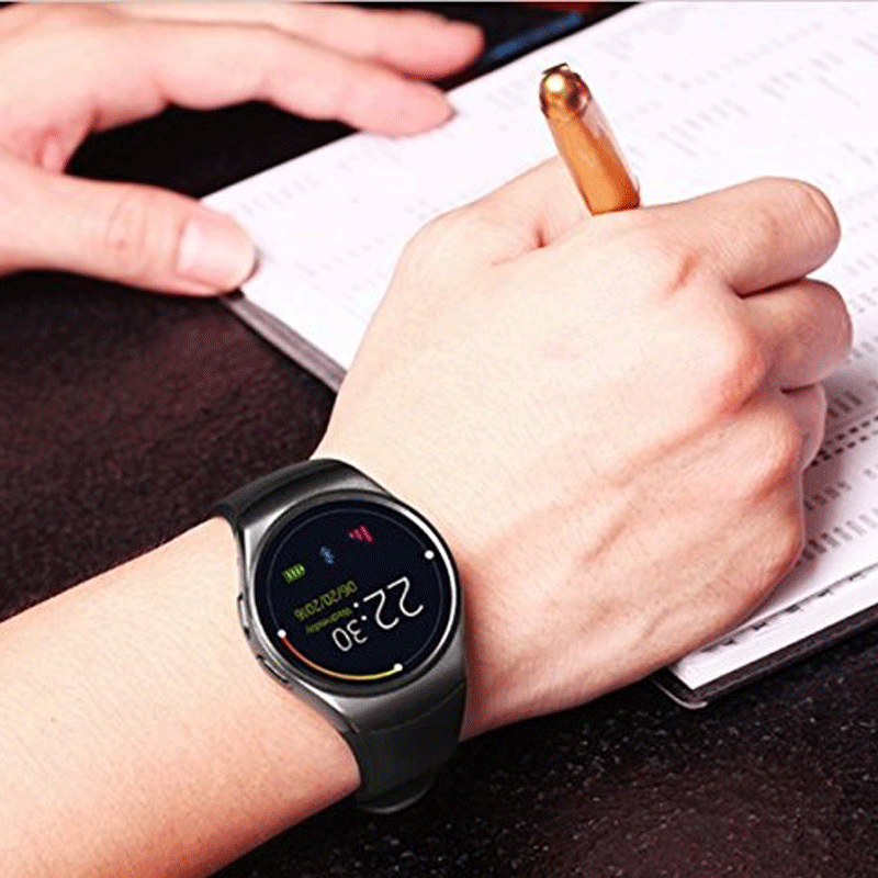 Y1 Smart Watch for smart professionals