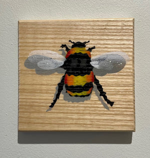 bee stencil art picture