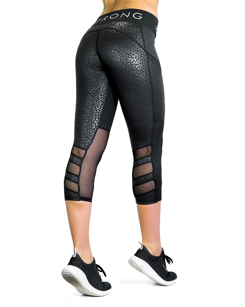 Essential 3/4 Compression Pants Womens Strong Liftwear