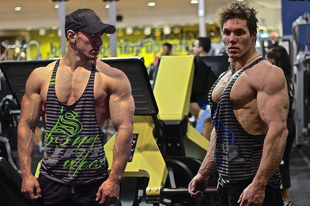 Eddy Ung & Aaron Curtis train in the Lift Series T-back