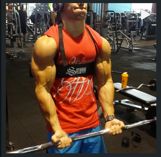 Eddy Ung training with the black Strong Lift Wear Arm Blaster!