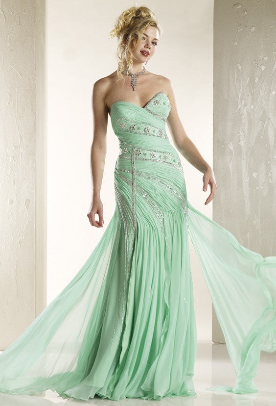 D1087 - Exotic Gown