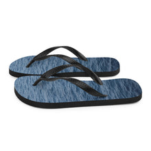 Load image into Gallery viewer, Creative flip flops with a ripple water print on the soles.  These dark blue flip flops fade to a gradually lighter blue.  The black Y strap and black edges on the sole ensure a fresh look no matter where you're walking, relaxing or swimming.  Get beach ready.