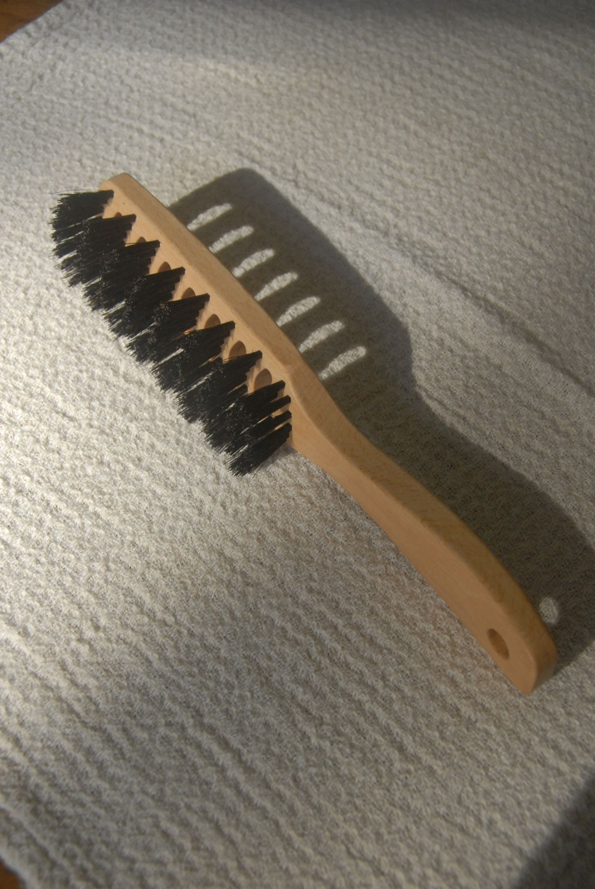 Vented Hairbrush bristle