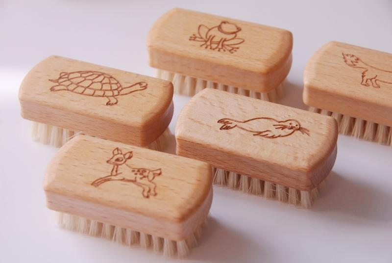 Children's Nailbrushes - Animal Design - Heaven in Earth