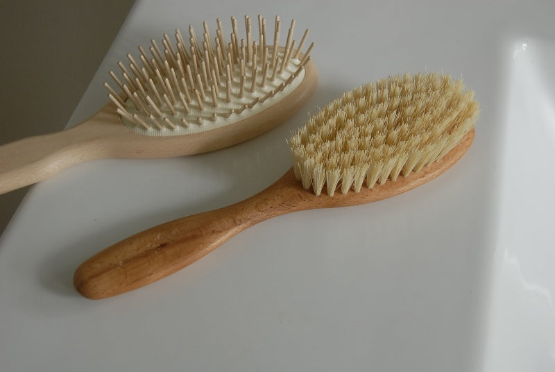 Vegan Hair Brush - Heaven in Earth