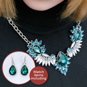 Maxi Statement Necklaces With Luxury Green & White Rhinestones Angel Wing Shape Necklaces for Women Party