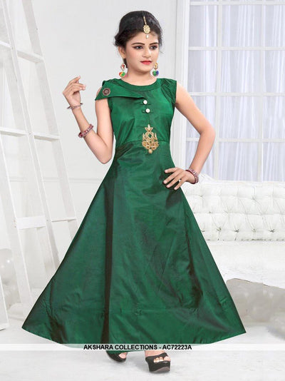 AC72223A - Dark Green Color Soft Tafeta Silk Gown