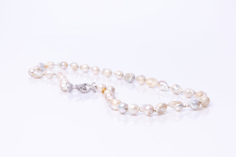 Rhea Baroque Pearl Necklace (Long)