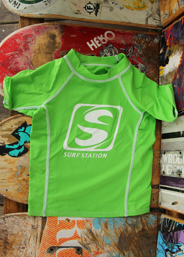 Surf Station Big S Square Logo Youth Boy's S/S Rashguard