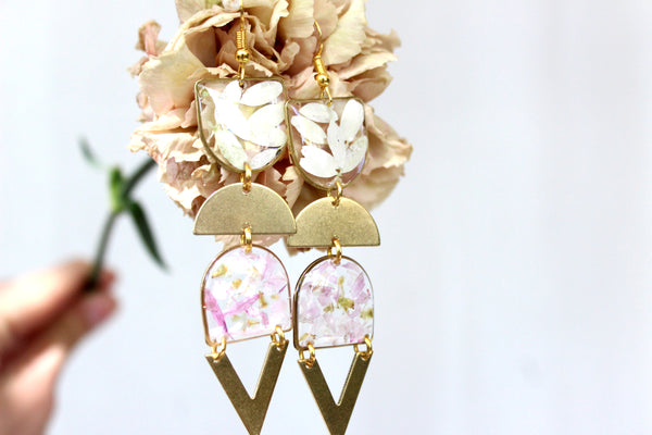Daisy Earrings, Pink and White