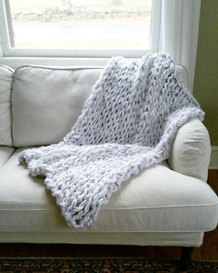 Arm Knitting Pattern | Lush Arm Knit Throw | Chunky Throw | Knit Blanket | Beginner's Pattern | Simply Maggie