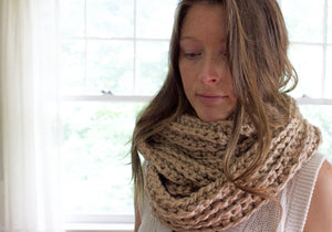 Crochet Pattern | Ribbed Infinity Scarf | Chunky Scarf | Beginner's Pattern | Simply Maggie