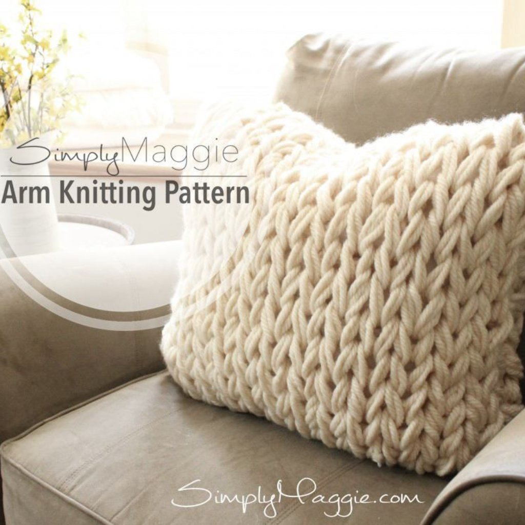 Arm Knitting Pattern | Big Stitch Pillow | Knit Pillow | Beginner's Pattern | Simply Maggie